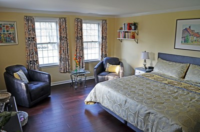 Orange Gild 2nd guest room