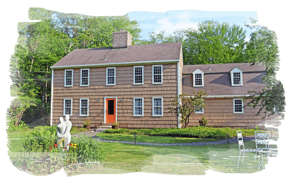 A Colonial style New England saltbox